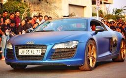 Closeup av Audi R8 som visas på en högskolafestival i Pune, Indien Royaltyfri Fotografi