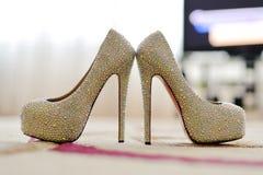 Closeup av Crystal Shoes royaltyfria foton