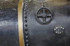 Closeup av den svarta antika behållaren för ångamotor Royaltyfria Bilder