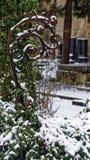 Closeup av en abstrakt form som täckas i snö Fotografering för Bildbyråer