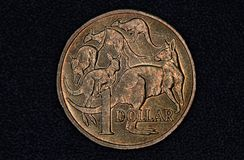 Closeup av en australier 1 dollar mynt Royaltyfria Bilder