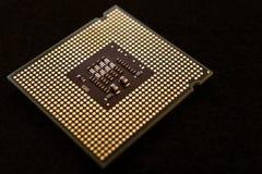 Closeup av ett bräde för elektronisk strömkrets med en processor Arkivbild