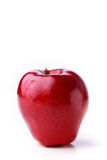 Closeup av ett skinande prickigt rött äpple Royaltyfri Fotografi