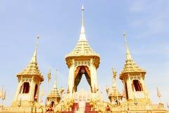 Closeup av guld- av den kungliga krematoriet för konungen Bhumibol Adulyadej på November 04, 2017 Royaltyfria Foton