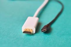 Closeup av HDMI och kabel för typ C arkivfoto