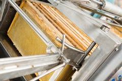 Closeup av Honey Extraction Plant arkivbilder