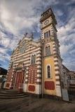 Closeup av koloniinvånarekyrkan i Archidona Ecuador Royaltyfri Foto