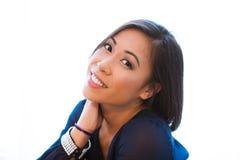 Closeup av nätta asiatiska kvinnas framsida Royaltyfri Bild