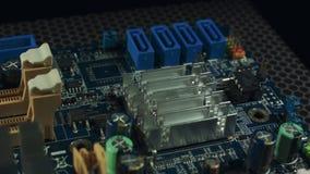 Closeup av SATA kontaktdon på ett moderkort arkivfilmer