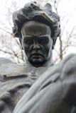 Closeup av statyn av August Strindberg på Tegnerlunden i Stockholm Arkivbild