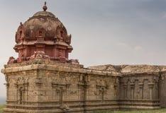 Closeup av vingen med Vimanam på den övergav templet i Dindigul royaltyfri foto