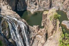 Closeup Barron Falls i Barron Gorge National Park, Kuranda Australien fotografering för bildbyråer