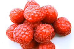 Closeup of a bunch of red raspberries Royalty Free Stock Images