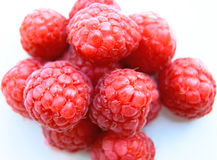 Closeup of a bunch of red raspberries Royalty Free Stock Photos