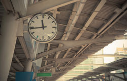 Closeup Clock at the sky-train station Royalty Free Stock Photography