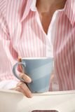Closeup of coffee mug Royalty Free Stock Photos