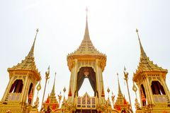 Closeup den kungliga krematoriet för den sena konungen Bhumibol Adulyadej på November 04, 2017 Arkivbilder