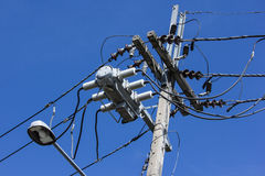 Closeup Eletricity line and electricity post Royalty Free Stock Photo