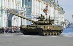 Closeup för behållare T-90 Repetitionen av segern ståtar i St Petersburg Royaltyfria Foton