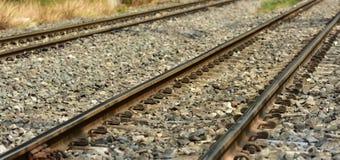 Closeup för drevjärnvägspår Längden av järnvägsspåret järnväg drev arkivbild