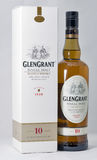 Closeup för Glen Grant Speyside Single Malt Scotch whiskyflaska royaltyfri foto