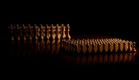 Closeup för schackstycken på brädet Arkivfoto