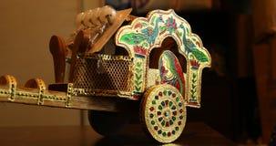 Closeup för stycke för tjurvagn dekorativ stock video