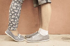 Closeup foot of kissing couple outdoor at street Royalty Free Stock Photos