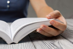 Closeup hand open book for reading concept Royalty Free Stock Photography