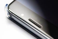 Closeup på den moderna mobiltelefonen Arkivbilder