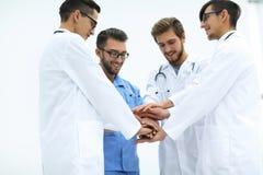 closeup Petit groupe de mains de jointure d'équipe de docteur, Image libre de droits