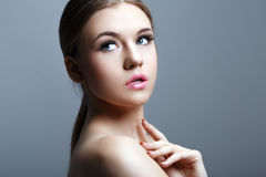 Closeup portrait of a beautiful woman Royalty Free Stock Photos