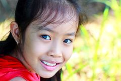Closeup portrait of a happy young girl smiling Royalty Free Stock Images