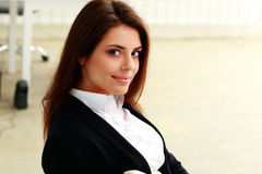 Closeup portrait of a young happy businesswoman Royalty Free Stock Photos