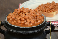 Closeup pot of baked beans Royalty Free Stock Photo