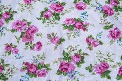 Closeup till gruppen av rosa Rose Flower Vintage Fabric Fotografering för Bildbyråer