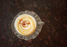 Closeup varm cappuccino Royaltyfri Foto