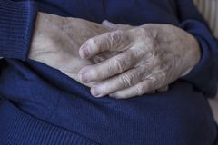 Closeup wrinkled hands Royalty Free Stock Photos