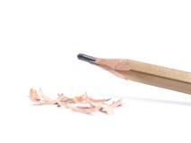 Closeupblyertspenna med en bruten spets på vit bakgrund Royaltyfria Foton