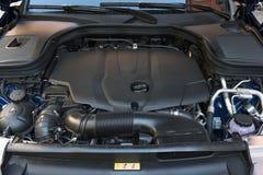 Closeupdetalj av den nya bilmotorn Bilöverföring arkivbild