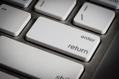 Closeupen av skriver in tangent i ett tangentbord Royaltyfri Fotografi