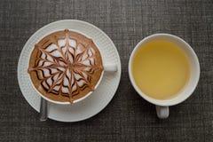 Closeupkaffekopp och te royaltyfri bild
