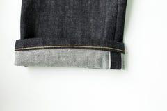 Closeups för stadgrov bomullstvilljeans arkivfoto