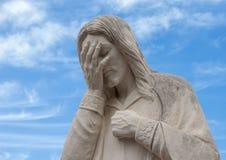 Closeupsikt av och Jesus Wept Statue, nationellt minnesmärke för oklahoma city & museum Royaltyfria Bilder