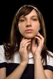 Closeupstående av en ung kvinna Arkivfoto