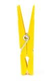 Clothespin giallo immagine stock