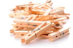 Clothespins di legno immagini stock