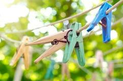 clothespins starzy zdjęcia stock