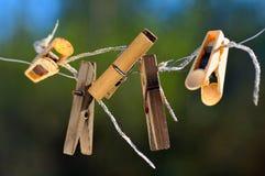 Clothespins viejos. Imagen de archivo libre de regalías