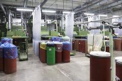 clothing dummies female industry inside store textile women Λαναρίζοντας σύστημα βαμβακιού Στοκ Φωτογραφία